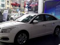 Bán xe Chevrolet Cruze 1.8LTZ đời 2016, màu trắng, giá 686tr. Hỗ trợ mua trả góp 80%. Giao xe ngay