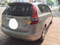 Cần bán xe cũ Hyundai i30 CW đời 2010, màu bạc, nhập khẩu chính hãng, giá chỉ 529 triệu