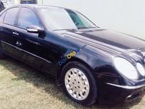 Cần bán gấp Mercedes E200 đời 2005, màu đen, giá chỉ 455 triệu