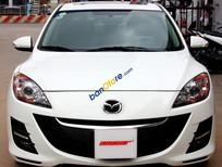 Cần bán Mazda 3 1.6AT đời 2010, màu trắng, xe nhập, 70.000km