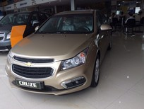 Cần bán Chevrolet Cruze 1.6l LT 2016, màu vàng cát LH Châu để có giá tốt