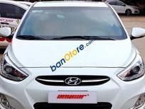 Bán xe Hyundai Accent 1.4AT sản xuất 2015, màu trắng
