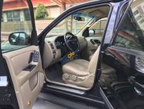 Bán ô tô Ford Escape 2.3L đời 2005, màu đen, xe gia đình sử dụng kỹ, 320 triệu