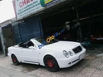 Bán Mercedes CLK320 1999, màu trắng, xe nhập số tự động giá cạnh tranh