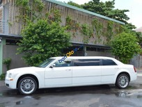 Cần bán Chrysler 300C sản xuất 2009, màu trắng, nhập khẩu còn mới