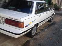 Cần bán Toyota Camry sản xuất 1986, màu trắng
