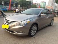 Bán xe Hyundai Sonata 2.0AT sản xuất 2011, màu bạc, nhập khẩu chính chủ
