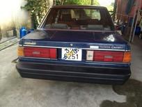 Cần bán Toyota Camry đời 1986, màu xanh lam