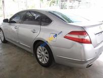 Bán xe cũ Nissan Teana 2.0 AT đời 2010, màu bạc, xe nhập chính chủ