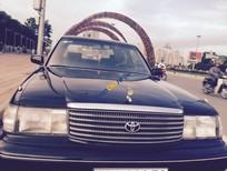 Bán Toyota Crown đời 1995, màu đen chính chủ
