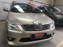Cần bán xe Toyota Innova E đời 2012 số sàn, màu ghi vàng