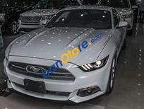Bán xe Ford Mustang 5.0L GT Premium, màu trắng, nhập khẩu Mỹ