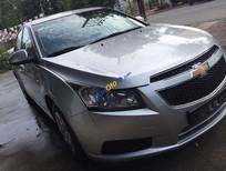 Bán Chevrolet Cruze LS sản xuất 2010, màu bạc còn mới, giá 385tr