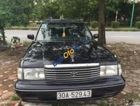 Cần bán Toyota Crown đời 1993, xe cũ