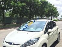 Cần bán xe Ford Fiesta sản xuất 2013, màu trắng số tự động