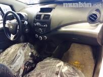 Cần bán xe Chevrolet Spark LT 2016, màu trắng, giá 359tr
