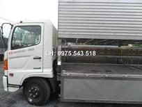 Xe tải Hino FC9JLSW 5 tấn chở gia súc (chở heo) lợn, giao ngay