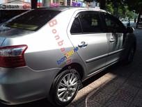 Cần bán gấp Toyota Vios G đời 2010, màu bạc, số sàn, giá tốt