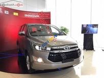 Bán Toyota Innova V đời 2016, màu nâu, giá tốt