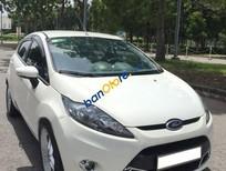 Cần bán gấp Ford Fiesta S đời 2013, màu trắng số tự động