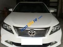 Cần bán xe cũ Toyota Camry 2.5G đời 2014, màu trắng