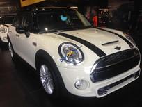 Bán xe Mini Cooper mới màu trắng, xe nhập chính hãng