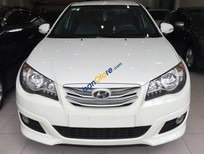 Cần bán xe Hyundai Avante 1.6 MT đời 2011, màu trắng