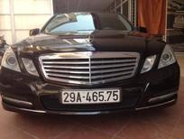 Cần bán lại xe Mercedes đời 2010, màu đen, số tự động