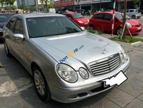 Xe cũ Mercedes E240 sản xuất 2003, màu bạc, nhập khẩu, giá chỉ 350 triệu