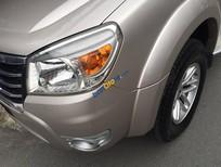 Bán xe Ford Everest MT sản xuất 2010 số sàn, màu hồng phấn