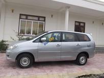 Cần bán Toyota Innova J đời 2008, màu bạc