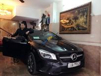 Cần bán xe Mercedes CLA200 sản xuất 2015, màu đen, nhập khẩu