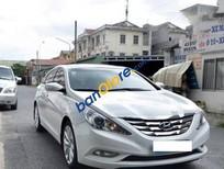 Bán xe Hyundai Sonata AT đời 2011, màu trắng, 715 triệu