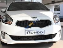 Cần bán Kia Rondo AT đời 2016, màu trắng hỗ trợ trả góp lãi suất ưu đãi giao xe tại nhà