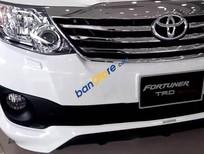 Bán xe ô tô Toyota Fortuner V đời 2016, màu trắng
