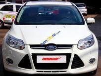 Cần bán xe Ford Focus S 2.0AT đời 2014, màu trắng, 33.000km, ấn tượng