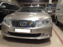 Bán Toyota Camry 2.0E đời 2012 chính chủ giá cạnh tranh