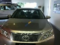 Cần bán gấp Toyota Camry đời 2013, màu vàng chính chủ