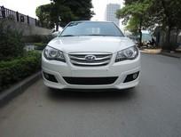 Cần bán Hyundai Avante 2012, màu trắng