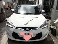 Cần bán Hyundai Veloster đời 2011, màu trắng