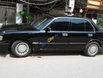 Bán Toyota Crown đời 1993, màu đen, xe nhập, giá tốt