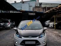 Cần bán gấp Ford Fiesta S đời 2011, màu trắng