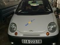 Cần bán xe Daewoo Matiz SE đời 2004, màu trắng ít sử dụng, 125tr