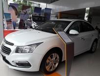 Cần bán Chevrolet Cruze LTZ AT, màu trắng, NH hỗ trợ vay tối đa, trả trước không phạt