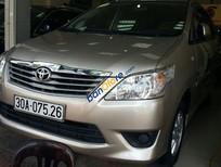 Bán xe Toyota Innova 2013, màu bạc