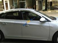Bán xe cũ Chevrolet Cruze đời 2011, màu bạc xe gia đình