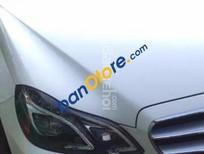 Bán gấp xe Mercedes E250 - SX 2014 - màu trắng, xe nhập khẩu - xe gia đình