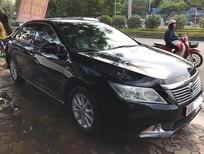 Cần bán Toyota Camry 2.0E 2012, màu đen, 890tr