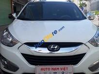 Cần bán Hyundai Tucson 4WD 2012, màu trắng, 750 triệu