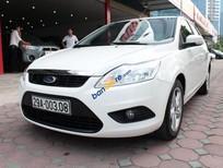 Bán Ford Focus 1.8AT 2010, màu trắng số tự động